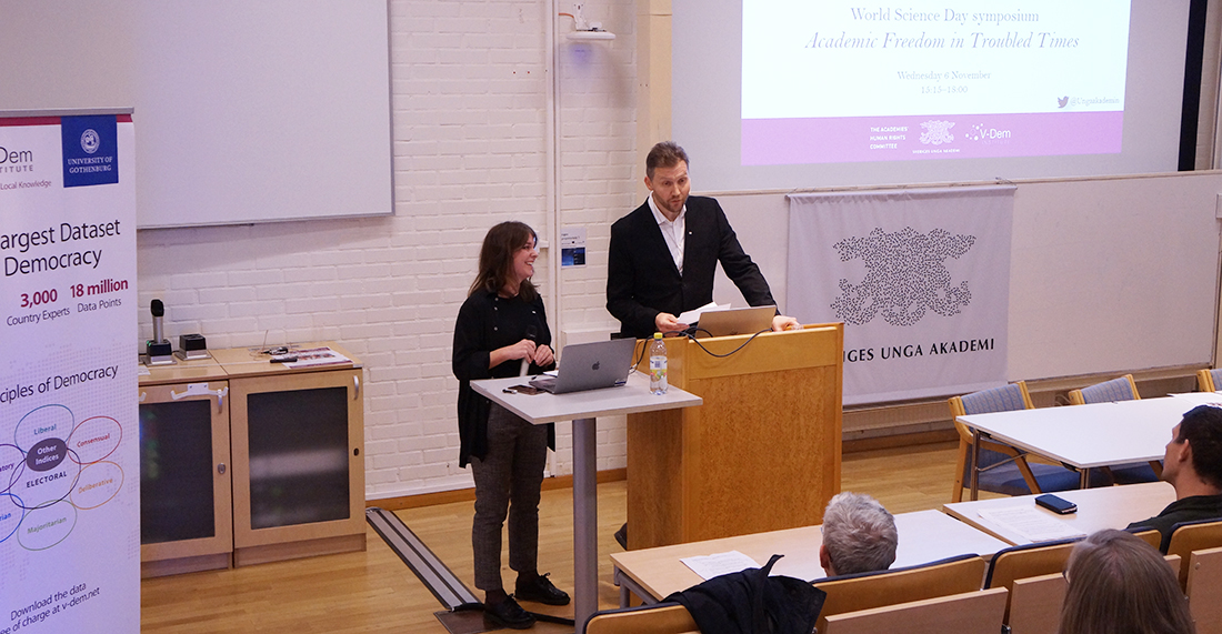 Mia Liinason och Jonas Olofsson. Photo: Young Academy of Sweden